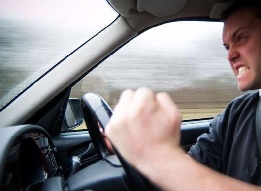 В рамках изменения ПДД Правительство запустило сайт с примерами опасного вождения